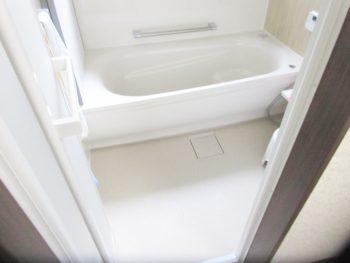 東京都調布市 A様邸 屋根・浴室・台所リフォーム事例
